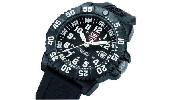 Luminox Men's Navy SEAL 3051 EVO Dive Watch