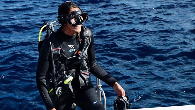 Best Scuba Booties For Diving And Snorkeling
