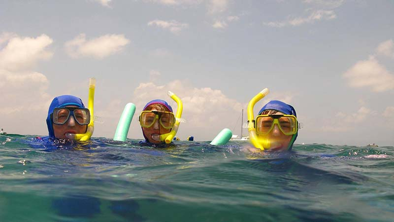 Snorkeling for non swimmers