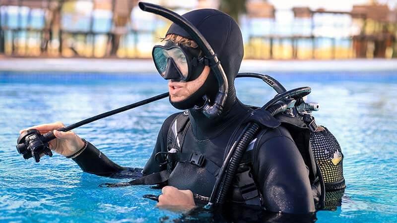 Snorkel vest vs life jacket
