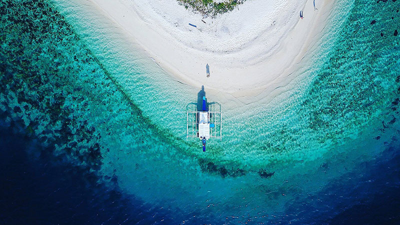 Lighthouse Reef, Philippines