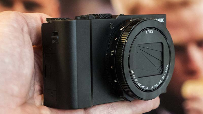 Panasonic LUMIX LX10 Display
