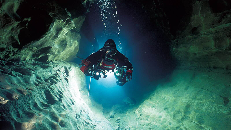 Cavern and Cave Diving
